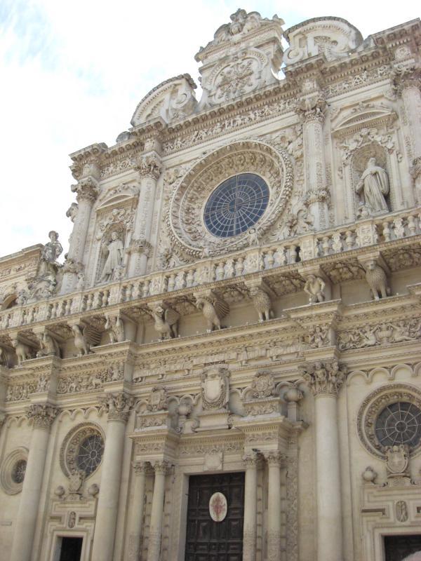 Visita guidata a Lecce: la basilica di santa croce